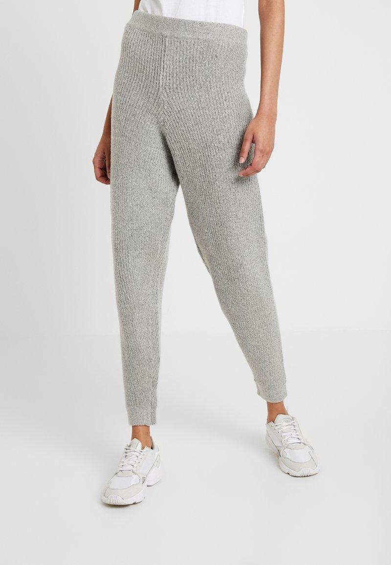 Missguided Tall - PREMIUM RIBBED JOGGER - Pantaloni sportivi - grey