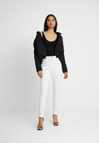 Missguided Tall - SKIWEAR - Kalhoty - white - 2