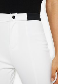 Missguided Tall - SKIWEAR - Kalhoty - white - 4