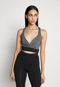 Missguided Tall - CROSS FRONT SPORTS BRA AND LEGGING SET ACTIVEWEAR - Leggings - Trousers - black - 3