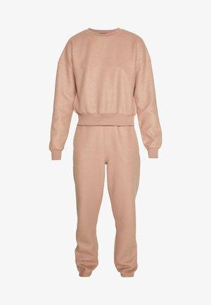Pantalon de survêtement - brown