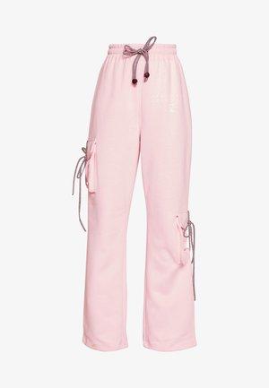 NEW SEASON POCKET DETAIL - Pantalon de survêtement - pink