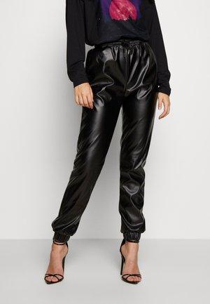 PU JOGGERS - Pantaloni - black