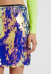 Missguided Tall - SEQUIN SKIRT - Jupe trapèze - purple - 4