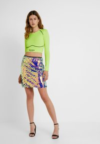 Missguided Tall - SEQUIN SKIRT - Jupe trapèze - purple - 1