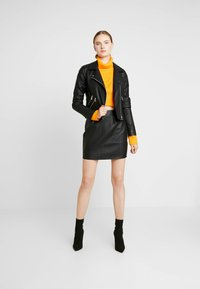Missguided Tall - MINI SKIRT - Minikjol - black - 1