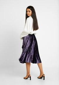 Missguided Tall - PLEATED TIE BELT MIDI SKIRT - A-lijn rok - purple - 2