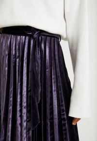 Missguided Tall - PLEATED TIE BELT MIDI SKIRT - A-lijn rok - purple - 4