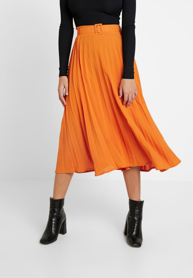 Missguided Tall - BELTED PLEATED MIDI SKIRT - A-snit nederdel/ A-formede nederdele - orange
