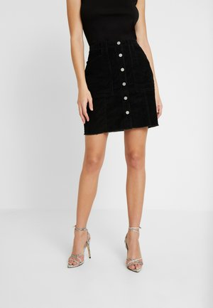 BUTTON FRONT HEM SKIRT - Jupe trapèze - black