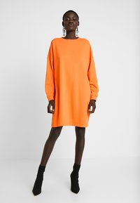 Missguided Tall - BASIC DRESS - Vapaa-ajan mekko - orange - 2