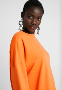 Missguided Tall - BASIC DRESS - Vapaa-ajan mekko - orange - 5