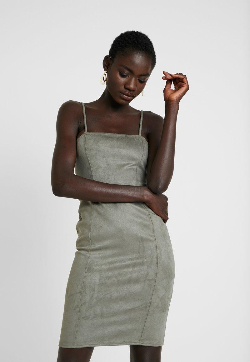 Missguided Tall - CAMI BODYCON MINI DRESS - Shift dress - khaki