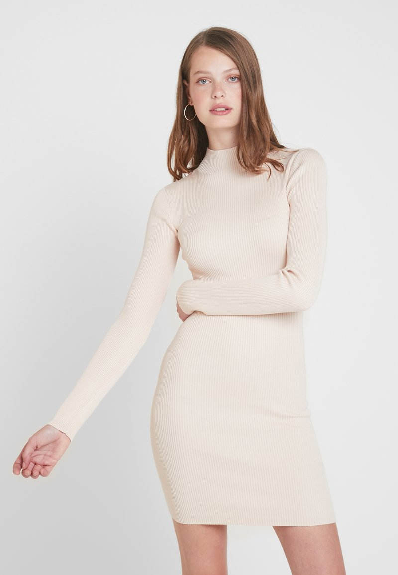 Missguided Tall - BASIC HIGH NECK LONG SLEEVE DRESS - Shift dress - pink tint