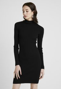 Missguided Tall - BASIC HIGH NECK LONG SLEEVE DRESS - Pouzdrové šaty - black - 0