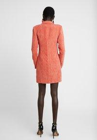 Missguided Tall - BUTTONED BLAZER DRESS - Košilové šaty - coral - 3
