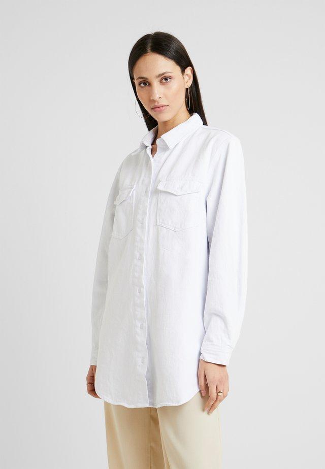 OVERSIZED - Overhemdblouse - white