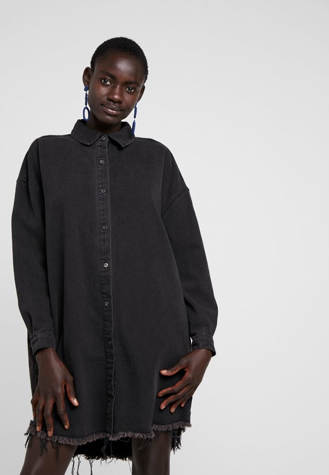 OVERSIZED - Button-down blouse - black