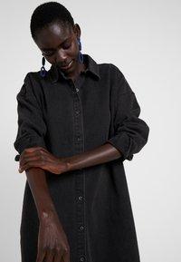 Missguided Tall - OVERSIZED - Košile - black - 3