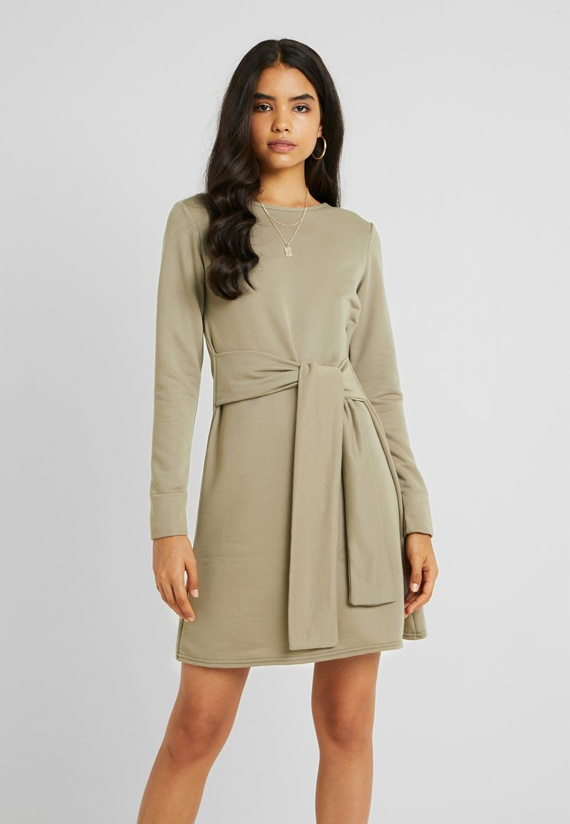 Missguided Tall - TIE WAIST DRESS - Day dress - laurel oak