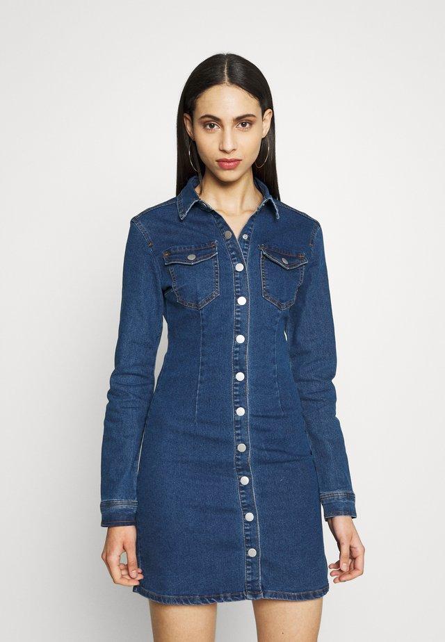 LONG SLEEVE BUTTON THROUGH DRESS - Spijkerjurk - blue