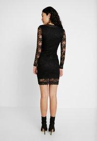 Missguided Tall - PLUNGE BODYCON MINI DRESS - Pouzdrové šaty - black - 3