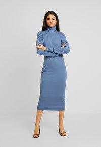 Missguided Tall - ROLL NECK MIDI DRESS - Jersey dress - blue - 0