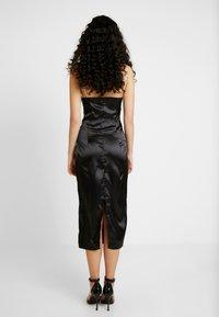 Missguided Tall - CHAIN STRAP COWL NECK MIDI DRESS - Koktejlové šaty/ šaty na párty - black - 3