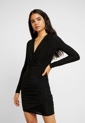 SLINKY PLUNGE WRAP RUCHED MINI DRESS - Kjole - black