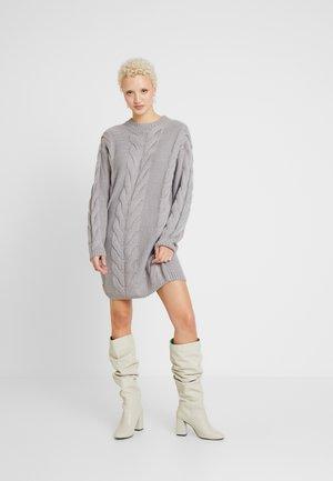 CABLE JUMPER DRESS - Jumper dress - grey