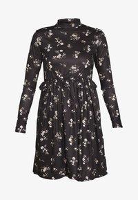 Missguided Tall - FLORAL FRILL WAIST DRESS - Kjole - black - 3