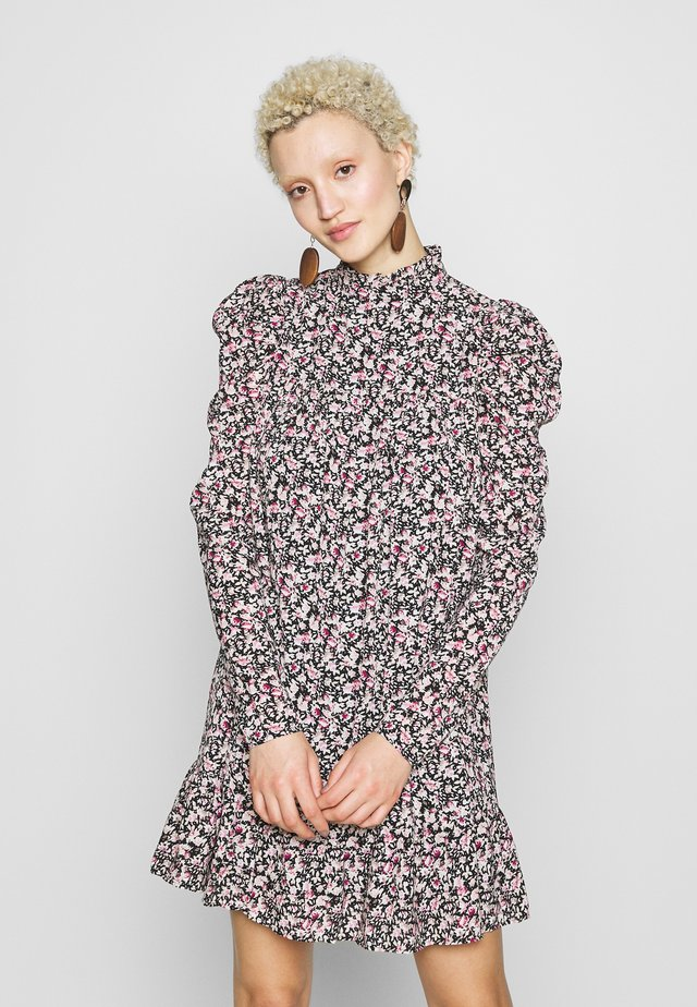 TIERED PUFF SLEEVE DRESS DITSY FLORAL - Sukienka letnia - multi-coloured