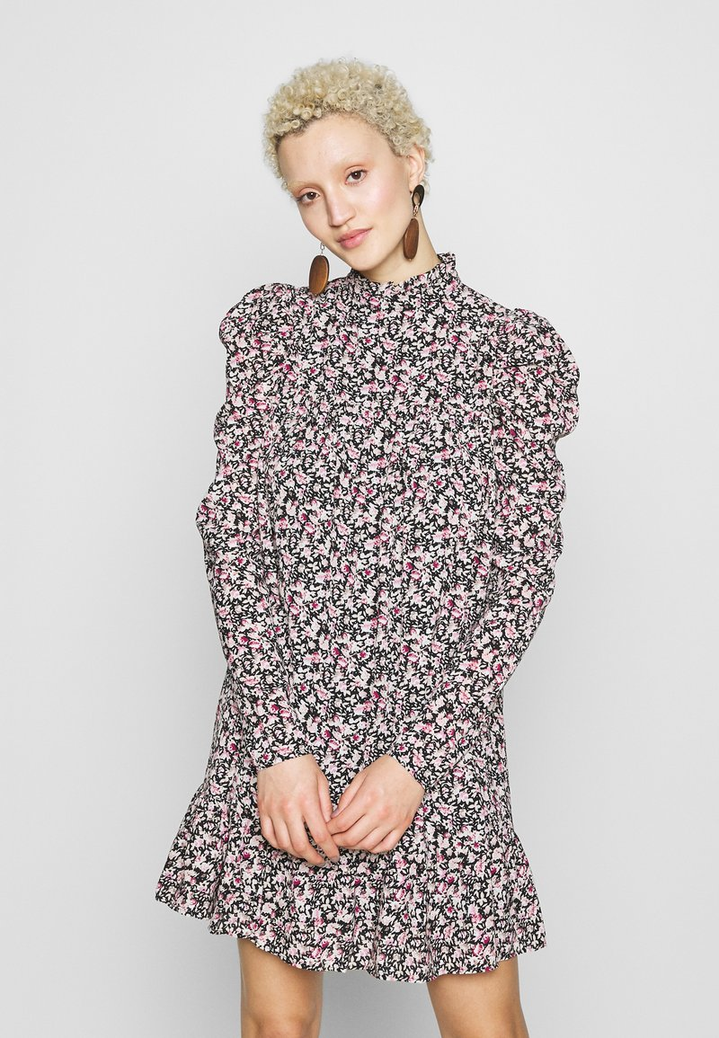 Missguided Tall - TIERED PUFF SLEEVE DRESS DITSY FLORAL - Robe d'été - multi-coloured