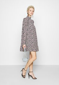 Missguided Tall - TIERED PUFF SLEEVE DRESS DITSY FLORAL - Robe d'été - multi-coloured - 2
