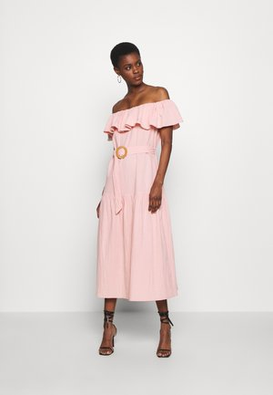 BARDOT TIERED SMOCK MIDI DRESS - Vestito estivo - blush
