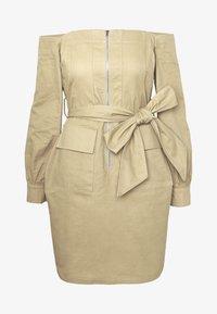 Missguided Tall - BARDOT EXPOSED ZIP BELTED MINI DRESS - Robe d'été - sand - 5