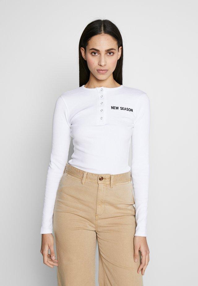RIBBED NEW SEASON POPPER BODYSUIT - Langarmshirt - white
