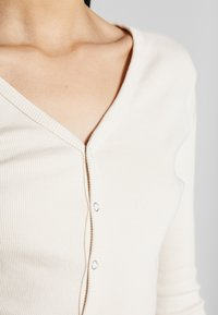 Missguided Tall - BUTTON UP LONG SLEEVED - T-shirt à manches longues - cream - 5