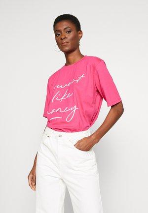 SWEET LIKE HONEY SLOGAN  - T-shirts med print - pink