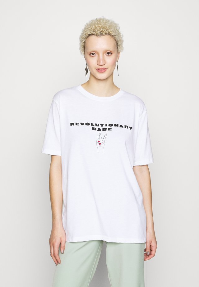 EXCLUSIVE REVOLUTIONARY BABE - Print T-shirt - white