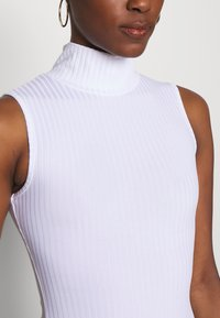 Missguided Tall - HIGH NECK SLEEVELESS BODYSUIT - Top - white - 4