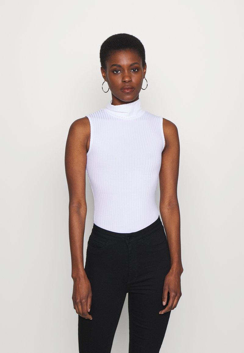 Missguided Tall - HIGH NECK SLEEVELESS BODYSUIT - Top - white