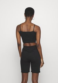 Missguided Tall - BASIC STRAPPY CROP 2 PACK - Débardeur - white/black - 3