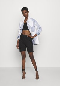 Missguided Tall - BASIC STRAPPY CROP 2 PACK - Débardeur - white/black - 1