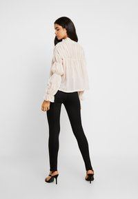 Missguided Tall - SHEER POET BLOUSON SLEEVE BLOUSE - Bluse - offwhite - 2