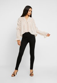 Missguided Tall - SHEER POET BLOUSON SLEEVE BLOUSE - Bluse - offwhite - 1