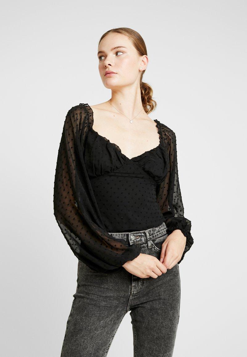 Missguided Tall - DOBBY SQUARE NECK LONG SLEEVED BODYSUIT - Blouse - black
