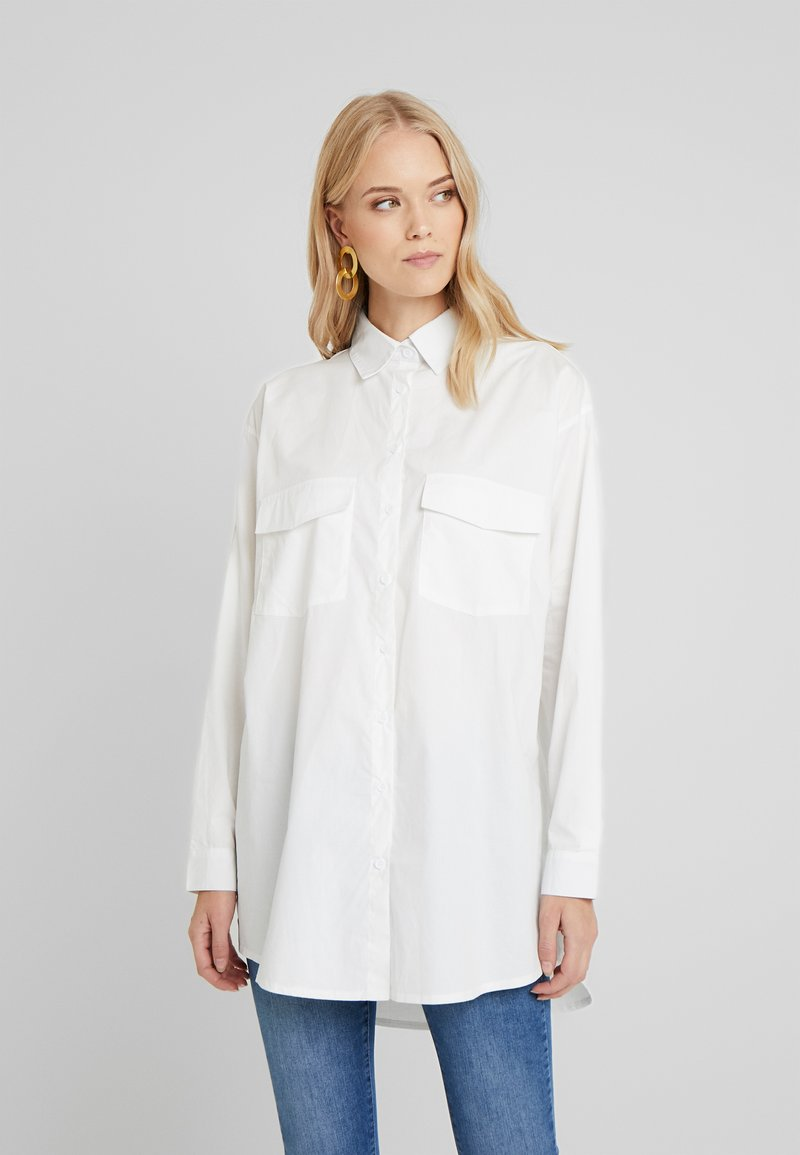 Missguided Tall - OVERSIZED LONG SLEEVE - Button-down blouse - white