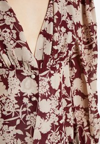 Missguided Tall - FLORAL BUTTON FRONT BLOUSE - Bluser - burgundy - 5