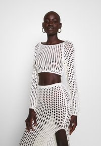 Missguided Tall - WIDE NECK CROCHET CROP - Jersey de punto - cream - 0